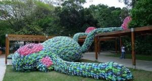 """Скульптура """"Жирной обезьяны"""" в Сан-Паулу"""