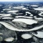 Ледяная дорога в Канаде!
