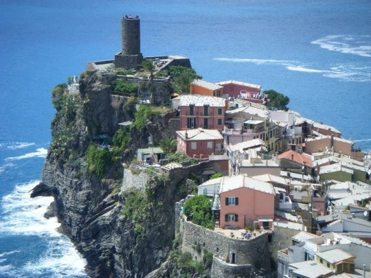 Visit-The-Beautiful-Place-In-Italy-Cinque-Terre91