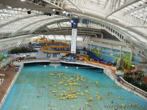 Отель West Edmonton Mall