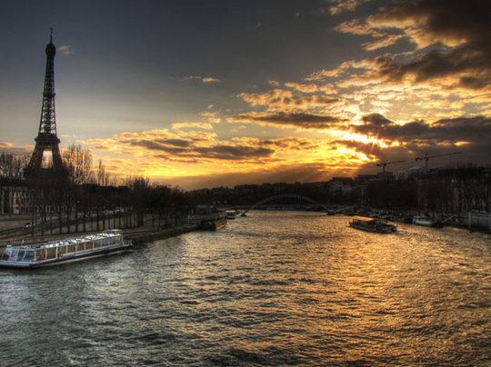 Paris_romantic