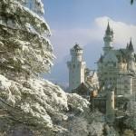 Замок Лёвенбург – искусная имитация древности
