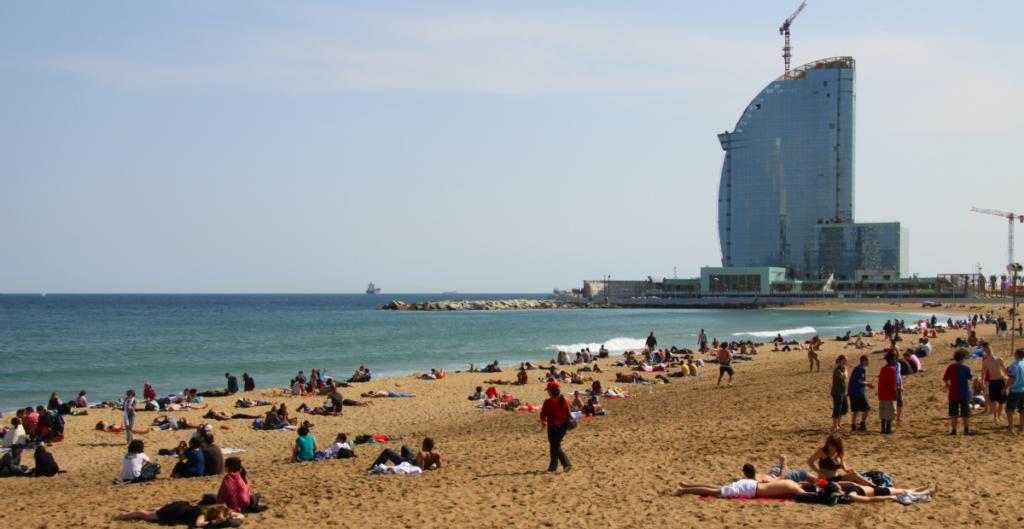 самый западный пляж Sant Sebastiа