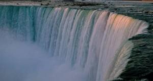 Удивительное место - Ниагарский водопад