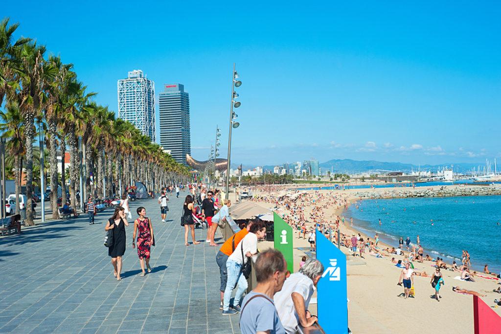 Barceloneta - топ 3 лучших пляжей мира