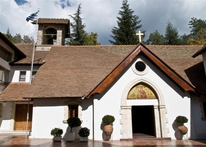 Троодоские церкви