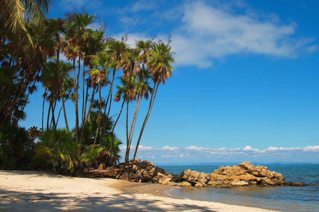 Город Ливингстон на Карибском побережье