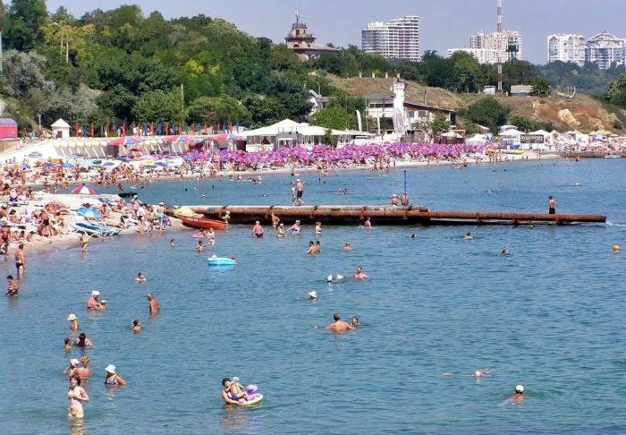 отдых на пляже Дельфин в Одессе